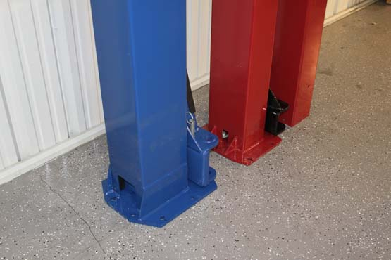 BendPak_XPR-10A_Lift_Compare_Challenger_Lift_E10_0121.JPG
