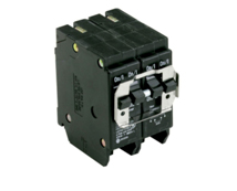 Double-pole circuit breaker for spray wash cabinets