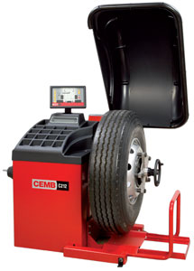 CEMB C212 Motorized Digital Truck Wheel Balancer with Pneumatic Lift